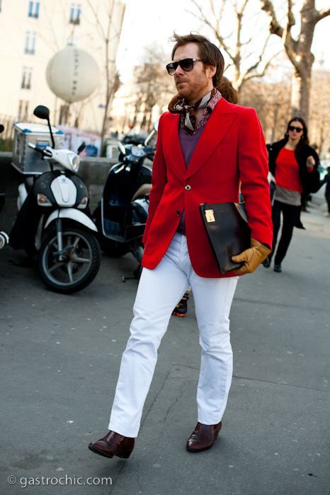 Red Blazer And White Jeans Costume National Gastro Chic