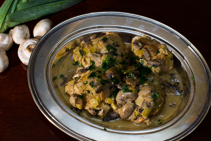 Recipe chicken fricassee with mushrooms and leeks gastro chic one forumfinder Choice Image