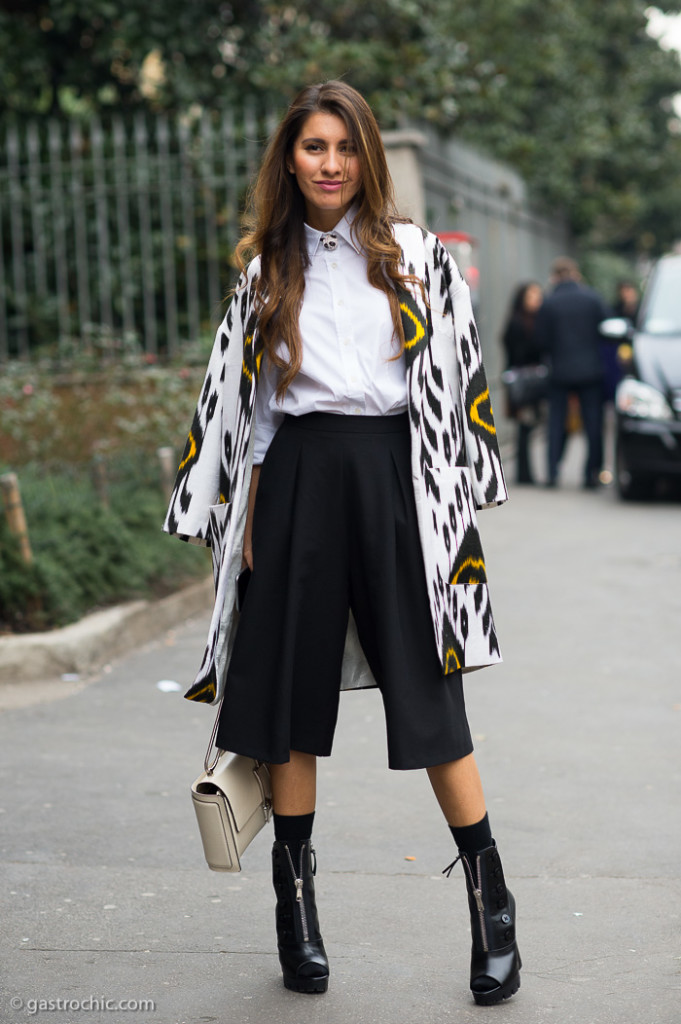 Print Jacket and Black Culottes, Outside Ermanno Scervino FW2015