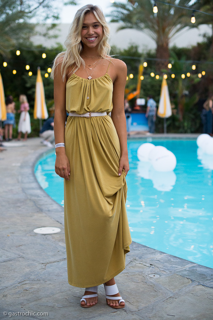 Pretty By The Pool Alexis Ren Belted An H Amp M Dress And