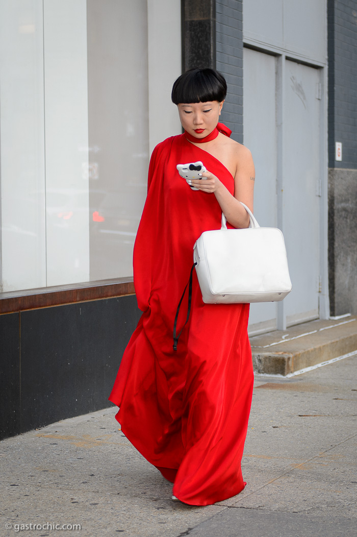 b175b0f341 Dramatic Effect  Red Gown and White Bag at the Planned Parenthood Gala 2018