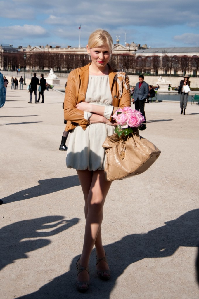 Girl With Flowers, Christian Dior Show